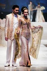 wedding dress designer indonesia miss universe in dress kebaya