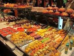 cours de cuisine halles de lyon les halles lyon paul bocuse delicatessen s markets