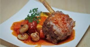 cuisiner une cote de veau côte de veau de lait rôtie aux légumes racines foodlavie