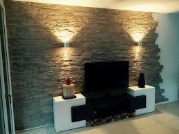 steinwand wohnzimmer fliesen haus renovierung mit modernem innenarchitektur ehrfürchtiges