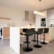 tables hautes cuisine table haute bar en bois pour conception cuisine élégant table haute