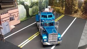 kenworth w900 model kenworth w900 plastic model truck kit in 1 25 scale carrying a
