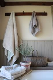 Primitive Country Bathroom Ideas by Best 25 Country Baths Ideas On Pinterest Primitive Country