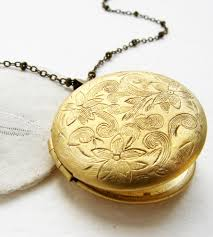 long chain locket necklace images The aesthetics of a locket necklace jpg