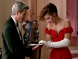pretty woman earrings director reveals iconic jewelry box from pretty woman was