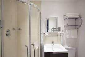 Shower Doors Brton Burton Inn York Use Stayintl Get 1 500