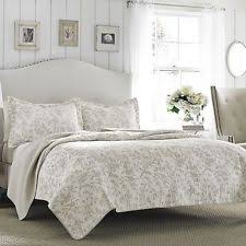 Quilted Cotton Coverlet Laura Ashley Amberley Bisquit Reversible Quilt Set King I12223rx