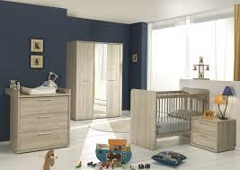 chambre bébé modulable lit bébé évolutif contemporain chêne clair lit chevet