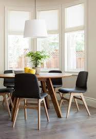 Dining Room Sets With Fabric Chairs by Best 10 Contemporary Dining Rooms Ideas On Pinterest