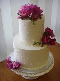 small wedding cakes a fun wedding cake choice small wedding