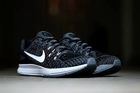 nike zoom structure 19 silver black