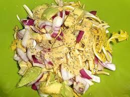 cuisiner le pissenlit recette salade de pissenlits à la sauce moutarde