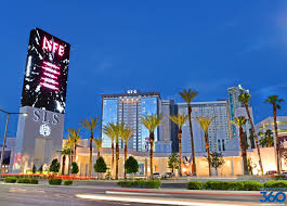 Hotels Las Vegas Strip Map by Sls Las Vegas Luxury Hotel On The Strip Sls Las Vegas Restaurants