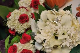 wedding flowers questions to ask tips for your wedding florist appointment from a real the