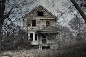 Haunted Backyard Ideas And Places Americas Real Haunted Houses Ghostly