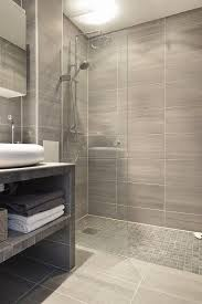 Gray Tile Bathroom Ideas by Best 25 Glass Tile Shower Ideas On Pinterest Glass Tile