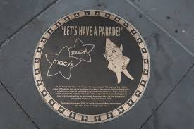 plaque unveiled to kick macy s thanksgiving day parade ny