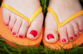 toenail fungus home remedies for better looking nails a polish to fight nail fungus wsj