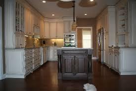 Backsplash Ideas With Cream Kitchen Cabinets And Giallo Ornamenta - Kitchen backsplash ideas with cream cabinets