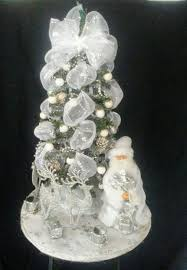 Miniature Glass Christmas Tree Decorations by 55 Appealing White Christmas Tree Decorating Ideas For A White