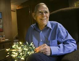 How To Fix Christmas Lights Half Out Naperville Man Brightens Christmas By Fixing Lights