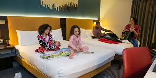 Hilton Bracknell Hotel Hotels Near LEGOLAND Windsor - Hilton family room