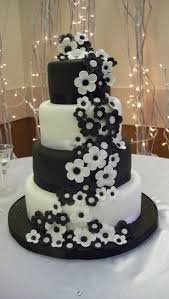 wedding ideas black and white wedding centerpieces black and