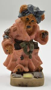 boyds bears ms griz saturday night resin figurine