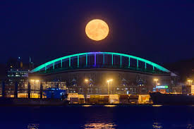 photos harvest moon puts on a show over the weekend komo