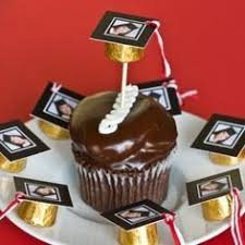 graduation favors to make here are some ideas for crafts using candy candy bar
