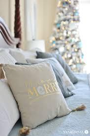 classic coastal christmas bedroom sand and sisal