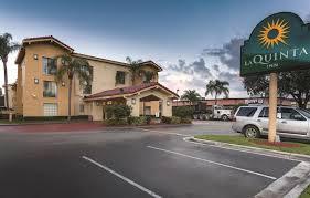 Comfort Inn Miami Airport La Quinta Inn Miami Airport North Fl Booking Com