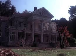 the u002770s haunted house movie that u0027s spookily similar to the