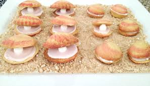 seashell shaped cookies mermaid party part 4 clam shell cookies twiggynest