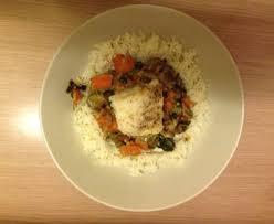 cuisiner la lotte marmiton lotte mijotée au curry de légumes recette de lotte mijotée au