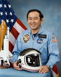 space shuttle astronaut ellison onizuka wikipedia