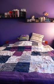 couleur de chambre violet peinture murale quelle couleur choisir chambre à coucher