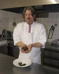 chefs de cuisine celebres simon un chef étoilé au michelin va s installer à castres