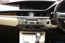 lexus es features lexus es 300h review modern classic first drive motoroids com
