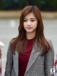 twice u0027s tzuyu slayed korean actresses with her visuals attending