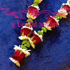 indian wedding flower garland 12 best garlands images on wedding garlands flower