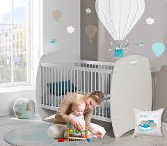 décoration chambre garçon bébé chambre bébé aviateur et deco montgolfiere