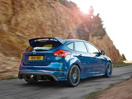 ford focus 2015 rs ford focus rs 2016 enters hyper hatch territory with 345bhp