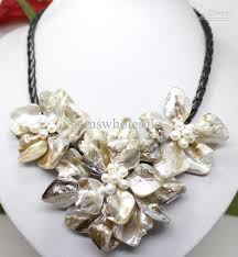 pearl flower necklace images 2018 fashion jewelry white shell pearl flower pendant necklace 18 jpg