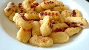 comment cuisiner des gnocchi gnocchis à poêler fait maison recette par cuisine alcaline