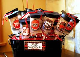 graduation party ideas 19 cap tossing graduation party ideas how does she