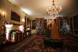Christmas Decorations Homes The Obamas U0027 Final White House Holiday Decorations Are Next Level