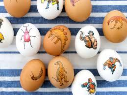 easter egg decorating tips unique easter egg decorating ideas reader s digest