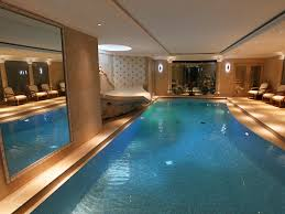 swimming pool installation and construction surrey berkshire