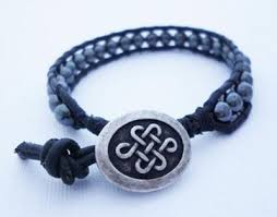 macrame beads bracelet images Macrame and turquoise pebble bracelet with coconut bead closure jpg